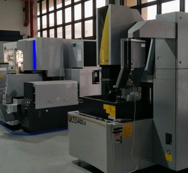 Mold processing workshop