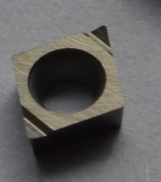 Finishing boring inserts with clearance angle